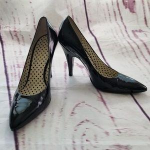 BCBGirls Heels Pumps Shoes Sz 8.5B/ 38.5 Black